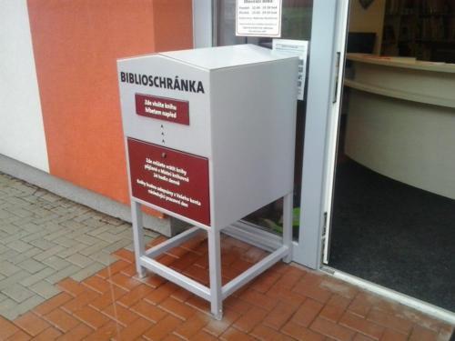 biblioschranka2